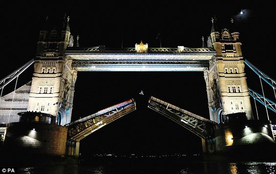 Robbie Maddison Tower Bridge jump