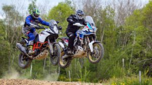 africa twin adventure sport vs KTM1090