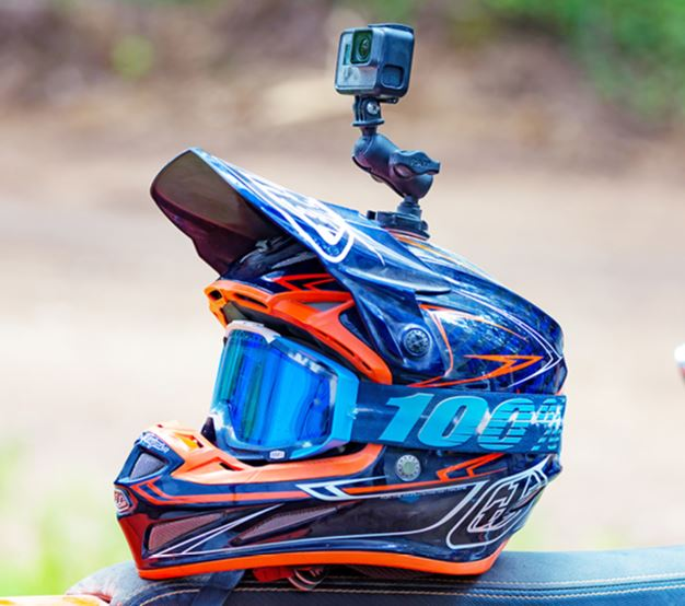 Action cam helmet top mount