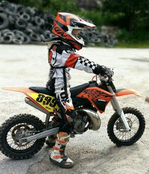 Kids dirt bike boots buying guide