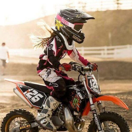 Kids dirt bike helmets buying guide