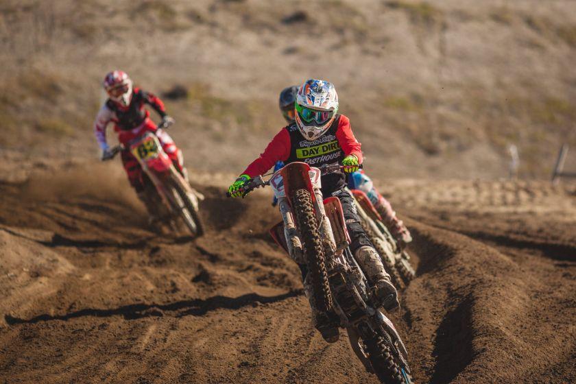 Women's dirt bike helmets